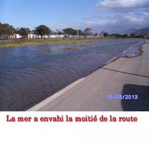Bejaia. La côte Est du littoral menacée. dans 2. GESTION DE LA VILLE inondation-300x292